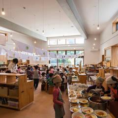 川和保育園: 株式会社sum designが手掛けた学校です。