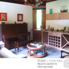 Studio Casa Azul: kırsal tarz tarz Şarap Mahzeni