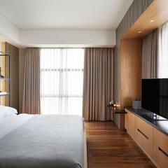 : Kamar Tidur oleh INERRE Interior, Modern