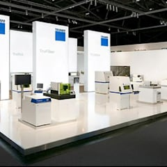 Trung tâm triển lãm by FISCHER & PARTNER lichtdesign. planung. realisierung