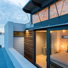 Balcony view:  Passive house by Barak Mizrachi Architects