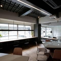SOL [Scribble Osaka Lab]: ニュートラル建築設計事務所が手掛けたオフィススペース&店です。
