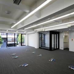 吉祥寺プロジェクト 2Fオフィス: TAPO 富岡建築計画事務所が手掛けたオフィスビルです。