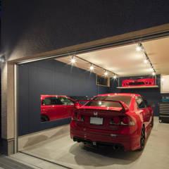 Prefabricated Garage by 建築デザイン工房kocochi空間
