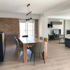 Comedor y zona de estar: Comedores de estilo  de Piconto interiorismo y decoracion