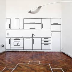 """Cucina: visualizzare gli ingombri, aiutare ad """"immaginare"""" come potrebbe essere.: Cucina in stile in stile Classico di Rifò"""
