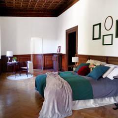 classic Bedroom by Rifò