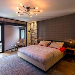 Slash Architects – Moda Evi: modern tarz Yatak Odası