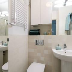 Zielony Żoliborz: styl , w kategorii Łazienka zaprojektowany przez IDeALS | interior design and living store