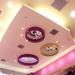 BOOMBI : Anexos de estilo  por Design Comercial,
