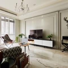 غرفة المعيشة تنفيذ 耀昀創意設計有限公司/Alfonso Ideas,