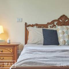 Dettaglio camera da letto: Camera da letto in stile  di MINIMAL di Casini Roberta