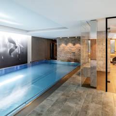 wohnhaus g:  Pool von sebastian kolm architekturfotografie