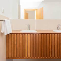 Fotografia de Imobiliário e Interiores: Casas de banho  por Beatriz Santos - Real Estate & Lifestyle Photography