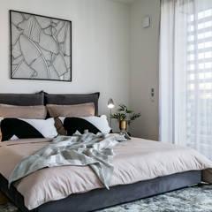 Möbliertes Apartment at Berlin Mitte:  Schlafzimmer von Architekturfotograf Stefan Rasch