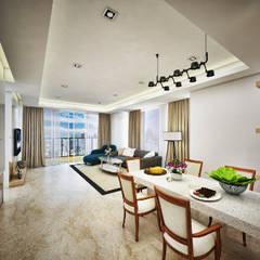 : Salas de estilo asiático por Jasa Arsitek Karawang