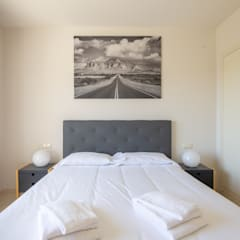Fotografía Apartamento en la urbanización de lujo Alcazaba Lagoon en la Costa del Sol: Dormitorios de estilo  de JCCalvente