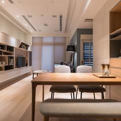 對話 conversation:  客廳 by 耀昀創意設計有限公司/Alfonso Ideas