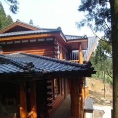 Wooden houses by 茂林樓梯扶手地板工程團隊