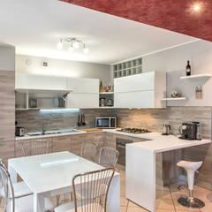 ห้องครัว by Fab Arredamenti su Misura