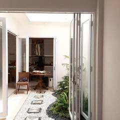 Jardins de pedras  por Vaastu Arsitektur Studio