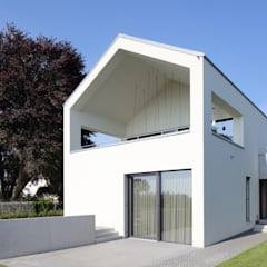 Multi-Family house by Architekturbüro zwo P
