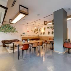 San Tomas: Restaurants de style  par Mister Wils,
