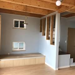 거실: 집으로의  계단