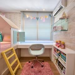 Dormitório de Menina Lúdico: Quarto infantil  por BG arquitetura | Projetos Comerciais,
