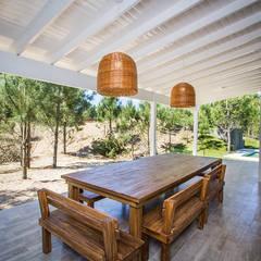 Casa 390 Deportivo por JOM HOUSES: Terrazas de estilo  por JOM HOUSES