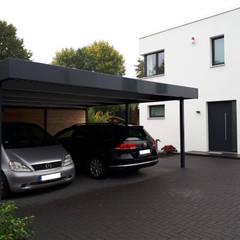 Stahlcarport als dekoratives Element:  Carport von Schmiedekunstwerk GmbH