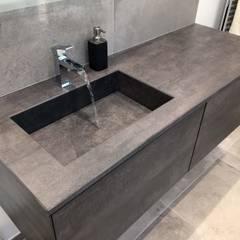Bathroom by ATELIER FLORENT - Architectes d'Intérieur Paris
