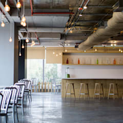 Cafeteria :  Office buildings by Studio Gritt