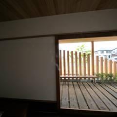 趣味の部屋: 株式会社高野設計工房が手掛けた書斎です。