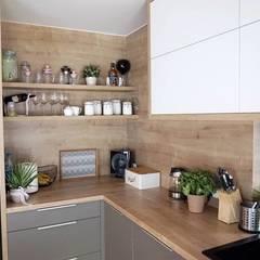 Cozinha Super Moderna Cozinhas mediterrâneas por AL Interiores Mediterrâneo Madeira Efeito de madeira
