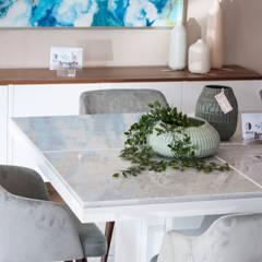 SALA ShB - details: Salas de jantar  por Miljö design concept