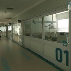 UTI- Hospital Porto Velho Hospitais modernos por kairos arquitetura Moderno Alumínio/Zinco