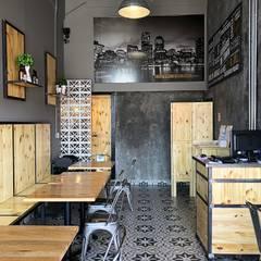 The Boston Burger Company: Restaurantes de estilo  por Estudio Chipotle