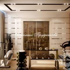 Gym by Дизайн-студия элитных интерьеров Анжелики Прудниковой, Classic