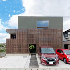 Casas de madera de estilo  por 株式会社建築工房DADA