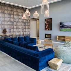 House Amor :  Living room by AB DESIGN