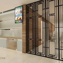 HOSPITAL SANTA MARÍA : Hospitales de estilo  por T+F Arquitectos
