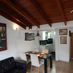 REMODELACION CASA CAMPESTRE PAIPA (BOYACA): Casas campestres de estilo  por noc-noc