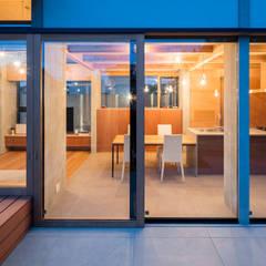 木頭窗 by 建築設計事務所SAI工房