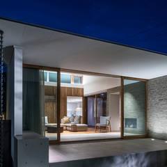 浜松H邸: 遠藤誠建築設計事務所(MAKOTO ENDO ARCHITECTS)が手掛けた窓です。
