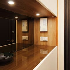 Corridor & hallway by 奕禾軒 空間規劃 /工程設計