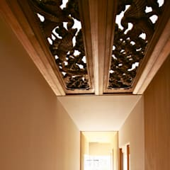 Corridor & hallway by Studio tanpopo-gumi 一級建築士事務所