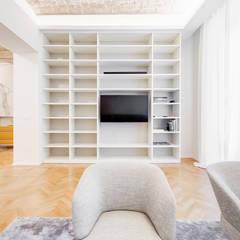 Urbana Residence Contemporary Design: Soggiorno in stile in stile Moderno di EF_Archidesign