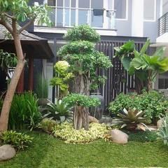 Tukang taman gresik:  Ruang Komersial by Jasa tukang taman gresik