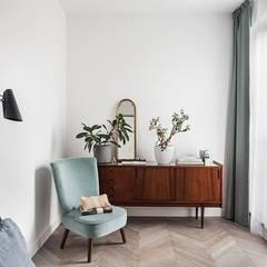 Mieszkanie na Muranowie : styl , w kategorii Sypialnia zaprojektowany przez OIKOI